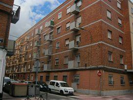 Piso en venta en Las Delicias, Valladolid, Valladolid, Calle Caamaño, 40.900 €, 3 habitaciones, 1 baño, 67 m2