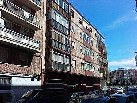 Piso en venta en Vadillos, Valladolid, Valladolid, Calle Higinio Mangas, 58.300 €, 3 habitaciones, 1 baño, 86 m2