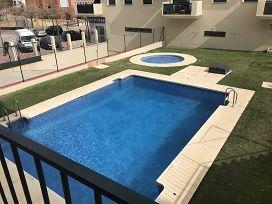 Piso en venta en Viviendas del Sol, Estepona, Málaga, Calle Carlos Cano, 180.000 €, 4 habitaciones, 1 baño, 137 m2