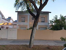 Casa en venta en Distrito Este-alcosa-torreblanca, Sevilla, Sevilla, Calle Ulises, 261.000 €, 4 habitaciones, 3 baños, 129 m2
