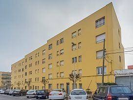 Piso en venta en Xalet Sant Jordi, Palafrugell, Girona, Calle Barcelona, 45.000 €, 3 habitaciones, 1 baño, 72 m2