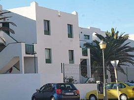 Piso en venta en El Cardonal, San Cristobal de la Laguna, Santa Cruz de Tenerife, Urbanización El Cardonal, 58.800 €, 3 habitaciones, 2 baños, 76 m2