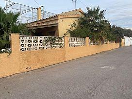 Casa en venta en Urbanización Fuente la Reina, Castellón de la Plana/castelló de la Plana, Castellón, Calle Levante, 247.500 €, 6 habitaciones, 4 baños, 278 m2