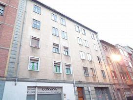 Piso en venta en Miranda de Ebro, Burgos, Calle Ciudad de Toledo, 45.500 €, 3 habitaciones, 1 baño, 79 m2