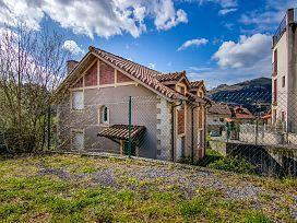 Casa en venta en Limpias, Cantabria, Travesía del Canton, 180.500 €, 4 habitaciones, 2 baños, 144 m2