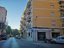 Piso en venta en Villena, Alicante, Calle Ferriz, 37.000 €, 3 habitaciones, 1 baño, 67 m2