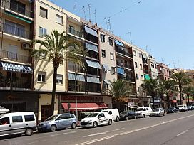 Piso en venta en Sagunto/sagunt, Valencia, Avenida Hispanidad, 67.000 €, 1 baño, 108 m2