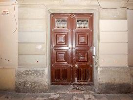 Piso en venta en Barcelona, Barcelona, Calle Lledo, 220.000 €, 2 habitaciones, 1 baño, 66 m2