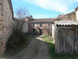Casa en venta en Torrecaballeros, Segovia, Calle Luis Felipe Peñalosa, 142.100 €, 4 habitaciones, 2 baños, 265 m2