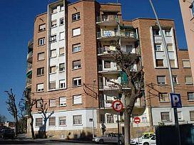Piso en venta en Centre Històric, Lleida, Lleida, Calle Bisbe Galindo, 75.000 €, 3 habitaciones, 1 baño, 88 m2