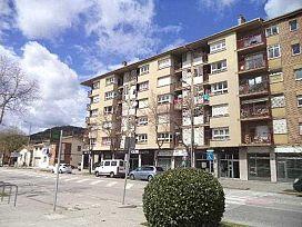 Piso en venta en Ca L`andreu, Olot, Girona, Calle Compositor Pedrell, 65.450 €, 3 habitaciones, 1 baño, 77 m2