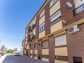 Piso en venta en Sonseca, Toledo, Calle Tiziano, 34.000 €, 3 habitaciones, 1 baño, 94 m2