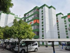 Piso en venta en Jerez de la Frontera, Cádiz, Calle Ronda Alunados, 78.000 €, 3 habitaciones, 2 baños, 96 m2
