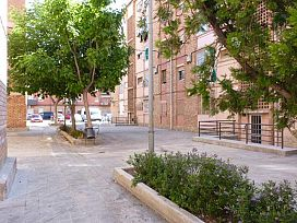 Piso en venta en Pardinyes, Lleida, Lleida, Calle Grupo Pau, 46.200 €, 3 habitaciones, 2 baños, 86 m2