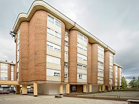 Piso en venta en Pan Y Guindas, Palencia, Palencia, Plaza Buenos Aires, 90.200 €, 2 habitaciones, 1 baño, 110 m2