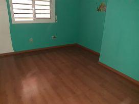 Piso en venta en Martorell, Barcelona, Calle Castellvi de Rosanes, 144.400 €, 3 habitaciones, 2 baños, 98 m2