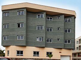 Piso en venta en Santa Lucía de Tirajana, Las Palmas, Pasaje 8 de Marzo, 83.000 €, 2 habitaciones, 1 baño, 111 m2