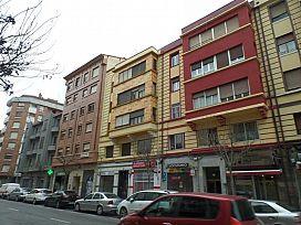 Piso en venta en Allende, Miranda de Ebro, Burgos, Calle Vitoria, 55.600 €, 4 habitaciones, 2 baños, 84 m2