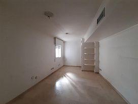 Piso en venta en Nervión, Sevilla, Sevilla, Avenida Eduardo Dato, 325.600 €, 4 habitaciones, 2 baños, 153 m2