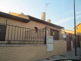 Casa en venta en Campo de Golf-polígono 13, Cabanillas del Campo, Guadalajara, Calle Zalagarda, 165.000 €, 3 habitaciones, 2 baños, 190 m2