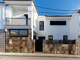 Casa en venta en Benalup-casas Viejas, Benalup-casas Viejas, Cádiz, Calle Pablo Picasso, 92.200 €, 3 habitaciones, 3 baños, 169 m2