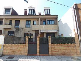 Casa en venta en Distrito Oeste, Gijón, Asturias, Calle Estadillo, 221.000 €, 6 habitaciones, 5 baños, 166 m2