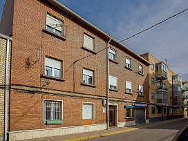 Piso en venta en Venta de Baños, Palencia, Avenida Palencia, 40.000 €, 3 habitaciones, 1 baño, 81 m2