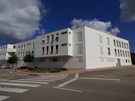 Piso en venta en Fornells, Es Mercadal, Baleares, Calle Ronda, 137.000 €, 3 habitaciones, 1 baño, 171 m2