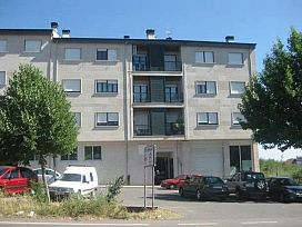 Piso en venta en A Rasela, Verín, Ourense, Avenida de Castilla, 67.000 €, 3 habitaciones, 2 baños, 123 m2