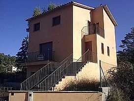 Casa en venta en El Bosc, Monistrol de Calders, Barcelona, Urbanización Masia del Solà, 95.000 €, 3 habitaciones, 2 baños, 163 m2