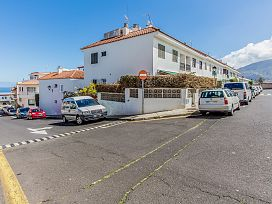 Piso en venta en La Vera, Santa Cruz de Tenerife, Santa Cruz de Tenerife, Calle Cardon, 79.891 €, 2 baños, 81 m2