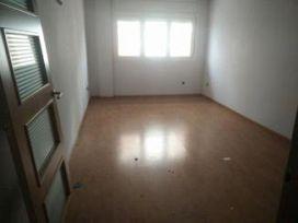 Piso en venta en Poble Nou, Manresa, Barcelona, Calle Guillem Cata, 160.000 €, 3 habitaciones, 2 baños, 140 m2
