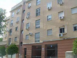 Piso en venta en Distrito Cerro-amate, Sevilla, Sevilla, Calle Carolina Coronado, 112.500 €, 98 m2