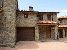 Casa en venta en Erillcastell, El Pont de Suert, Lleida, Carretera de Irgo, 136.950 €, 229 m2