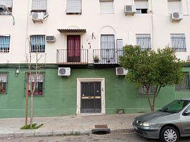 Piso en venta en Distrito Cerro-amate, Sevilla, Sevilla, Calle Carlos Garcia Oviedo, 54.800 €, 2 habitaciones, 1 baño, 56 m2