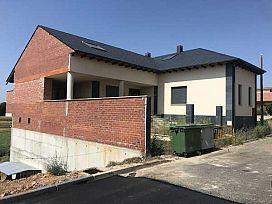 Casa en venta en San Justo de la Vega, León, Calle los Arenales, 80.000 €, 427 m2