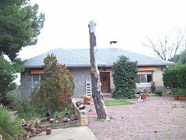 Casa en venta en Alto de la Muela, la Muela, Zaragoza, Avenida Aragon, 190.000 €, 3 habitaciones, 3 baños, 302 m2