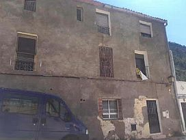 Piso en venta en Marines, Marines, Valencia, Calle Mayor, 11.000 €, 3 habitaciones, 1 baño, 130 m2