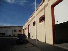 Industrial en venta en Mérida, Badajoz, Calle de los Transportes, 203.000 €, 615 m2