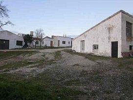 Industrial en venta en La Mota, Medina del Campo, Valladolid, Calle San Juan de Avila, 73.000 €, 631 m2