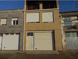Casa en venta en Torre del Pierre, Bell-lloc D`urgell, Lleida, Calle Josep Pané, 134.100 €, 4 habitaciones, 3 baños, 293 m2