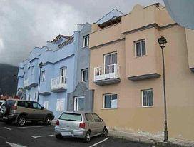 Piso en venta en La Orotava, Santa Cruz de Tenerife, Calle Juan Gonzalez Cruz, 98.800 €, 3 habitaciones, 2 baños, 107 m2