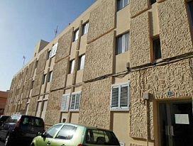 Piso en venta en Esquibien, Puerto del Rosario, Las Palmas, Calle Luis Vives, 70.000 €, 3 habitaciones, 1 baño, 81 m2