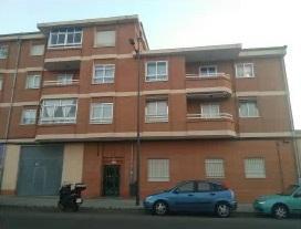 Piso en venta en El Sepulcro, Zamora, Zamora, Calle Peñausende, 61.200 €, 4 habitaciones, 111 m2