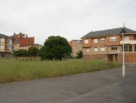 Suelo en venta en Ponferrada, León, Calle Campoamor, 561.400 €, 1714 m2