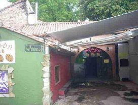 Casa en venta en Puente Viesgo, Cantabria, Barrio El Rincón, 56.600 €, 1 habitación, 1 baño, 201 m2