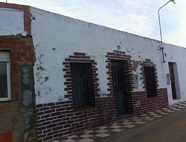 Casa en venta en Lobón, Lobón, Badajoz, Calle la Virgen, 30.500 €, 3 habitaciones, 1 baño, 99 m2