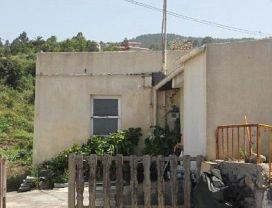 Casa en venta en Cruz del Camino, Icod de los Vinos, Santa Cruz de Tenerife, Calle la Marzola, (cruz del Camino), 36.000 €, 3 habitaciones, 1 baño, 81,31 m2