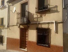 Casa en venta en Baena, Córdoba, Calle Puerta de Cordoba, 38.110 €, 3 habitaciones, 1 baño, 92 m2