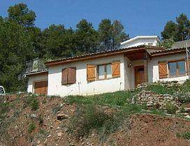 Casa en venta en Castellnou de Bages, Barcelona, Calle Castelltallat, 121.900 €, 3 habitaciones, 1 baño, 127 m2